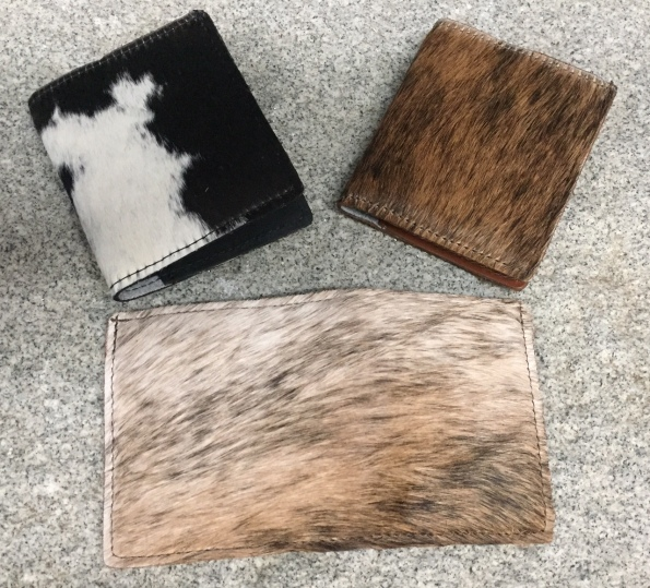 Hair on wallets front